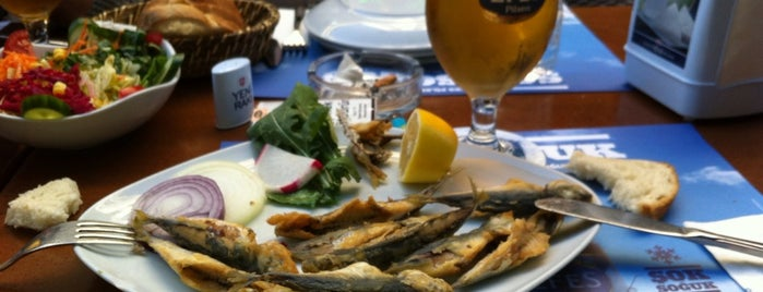Deniz Yıldızı Restaurant is one of Tempat yang Disukai Gamze.