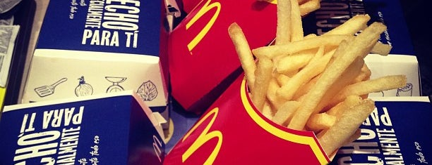 McDonald's is one of Burgers.cl.
