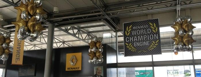 Renault Universidad is one of Posti che sono piaciuti a Hilda.