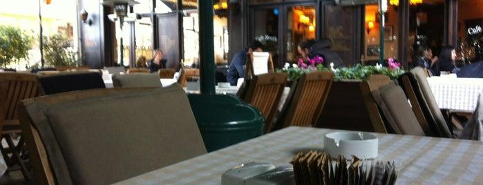 La Folie Güzelyalı is one of Favorite Cafe's.
