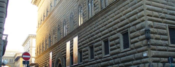 Palazzo Strozzi is one of LE GALLERIE D'ARTE FIORENTINE.