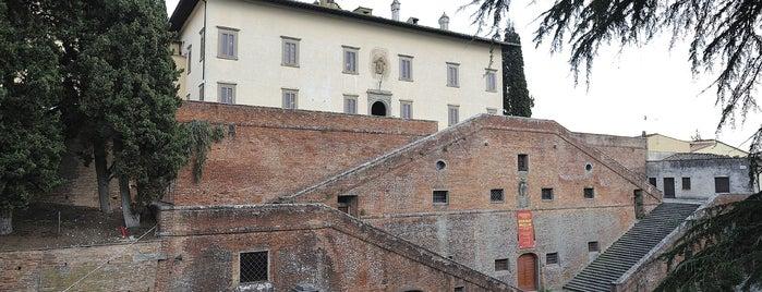 Villa Di Cerreto Guidi is one of FIRENZE, LE SUE VILLE E I SUOI GIARDINI.