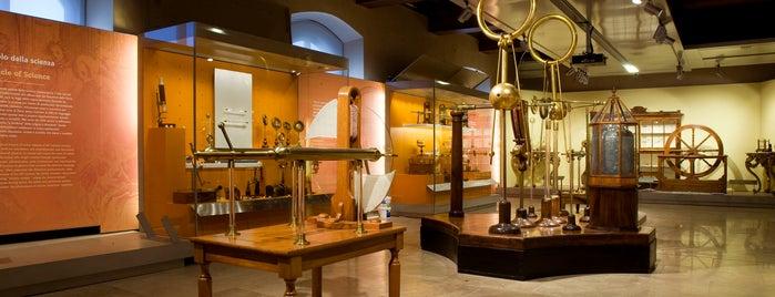 Museo Galileo - Istituto e Museo di Storia della Scienza is one of A FIRENZE CON I BAMBINI.