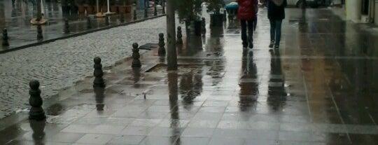 Kağıthane Meydanı is one of Orte, die Kayıhan gefallen.