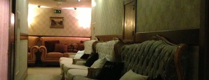 Riviera Lobby Bar is one of EURO 2012 KIEV WiFi Spots.
