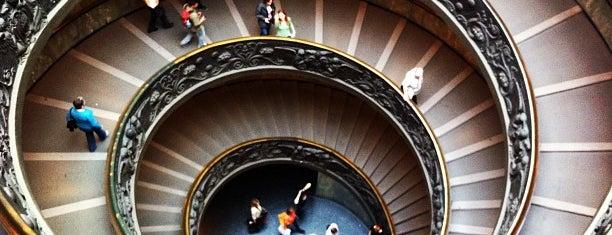 Museus Vaticanos is one of Roma.