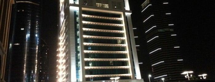 Bonnington Jumeirah Lakes Towers is one of Salim 님이 좋아한 장소.