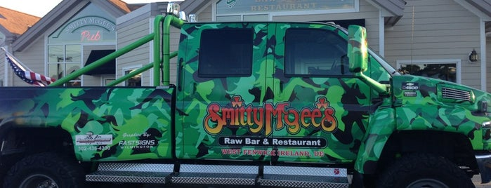 Smitty Mcgee's Raw Bar & Restaurant is one of Cece's Places-2.
