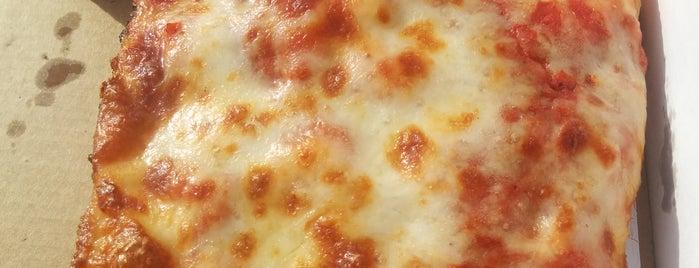 Jet's Pizza is one of Tempat yang Disukai ☕️.