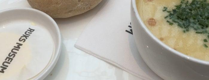 Rijksmuseum Café is one of Lugares favoritos de Allan.