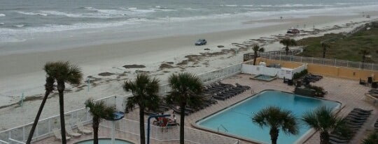 Holiday Inn Resort Daytona Beach Oceanfront is one of Raedさんのお気に入りスポット.