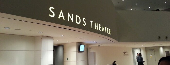 The Sands Theatre is one of Riann 님이 좋아한 장소.