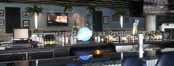 South Shore Club Bar & Grill is one of Posti che sono piaciuti a Je.