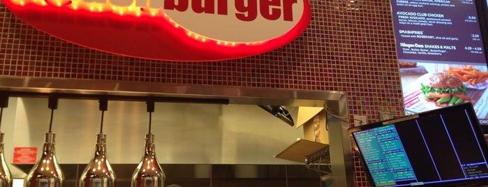 Smashburger is one of Michelle : понравившиеся места.