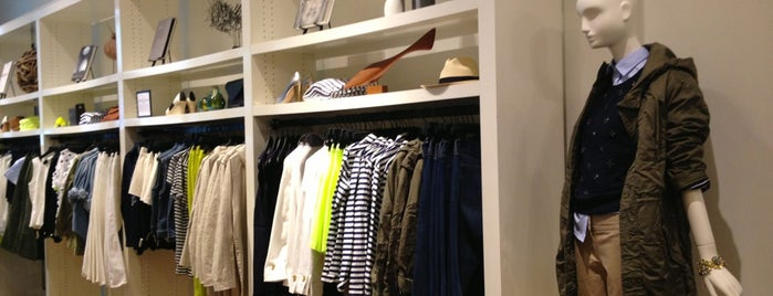 J.Crew is one of Locais salvos de Brynna.
