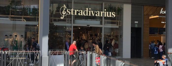 Stradivarius is one of Locais curtidos por Carlos.