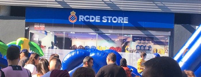 RCDE Shop is one of Locais curtidos por Carlos.
