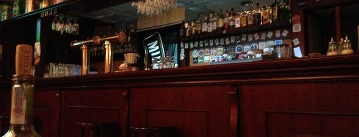 Питкин Паб / Pitkin Pub is one of Posti che sono piaciuti a Julia.
