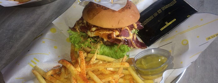 Burger Attack is one of İzmir Hamburger.