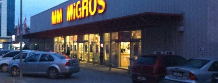 Migros is one of Tempat yang Disukai Yılmaz.