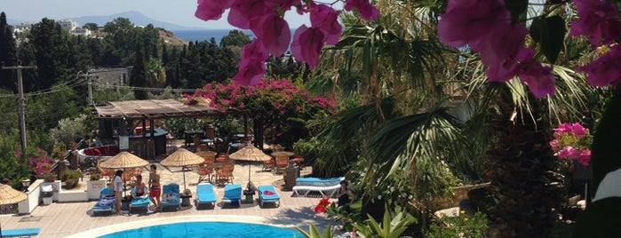 Sunny Garden Nilüfer Hotel is one of Bodrum.