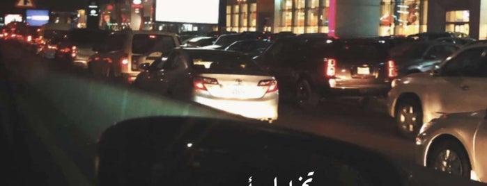Starbucks is one of สถานที่ที่ 9aq3obeya ถูกใจ.