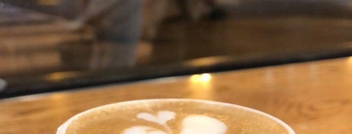 Peet's Coffee is one of Locais curtidos por Matt.