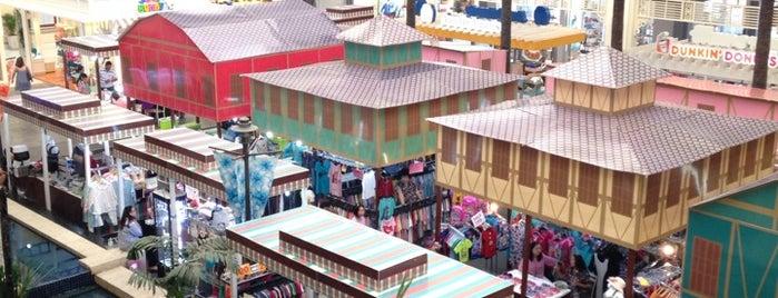 Hua Hin Market Village is one of On the Hua Hin.
