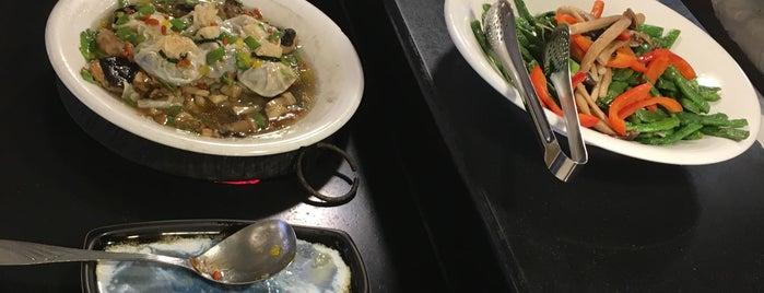春天素食 Spring Natural Vegetarian Restaurant is one of Diren : понравившиеся места.