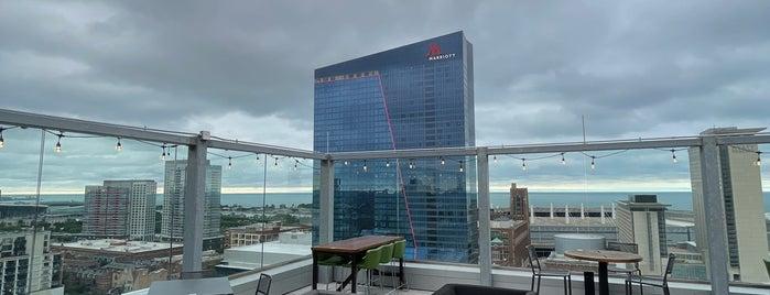 Vu Rooftop Bar is one of Outdoor Chicago.
