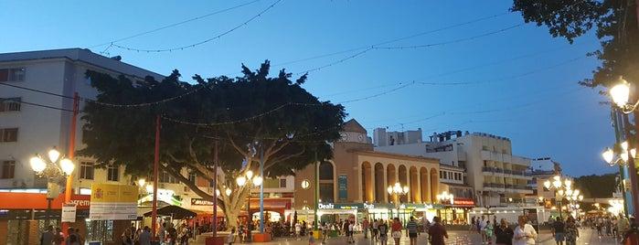 Plaza de la Nogalera is one of Jiordanaさんのお気に入りスポット.