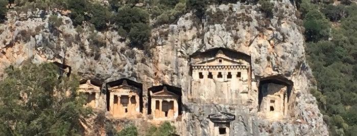 Kaunos Kral Mezarları is one of Bir Gezginin Seyir Defteri 2.