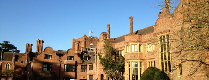 Hanbury Manor Marriot Hotel is one of Orte, die Alejandro gefallen.