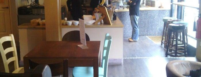 Caffe Sala is one of Lieux sauvegardés par Camille.