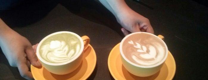Madcoffee is one of Ivonne 님이 좋아한 장소.
