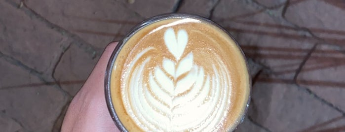 Infusion Coffee & Tea is one of Posti salvati di Queen.