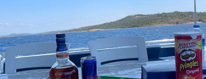 İncirli Adası is one of others.