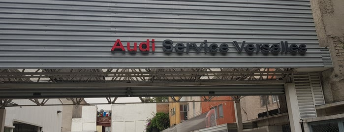 Audi Center is one of Locais curtidos por Alan.