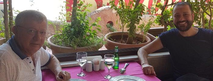 Kazan Restaurant Konyaaltı is one of Gittiğim Mekanlar.