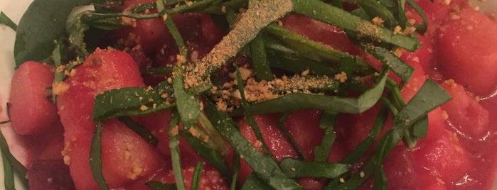 Sense.eat is one of Healthy & Veggie Food in Paris.