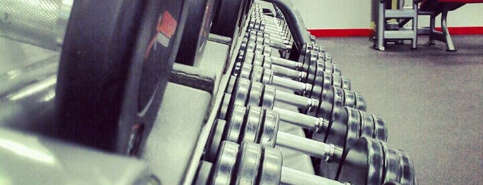 Snap Fitness is one of Locais curtidos por Jeanne.