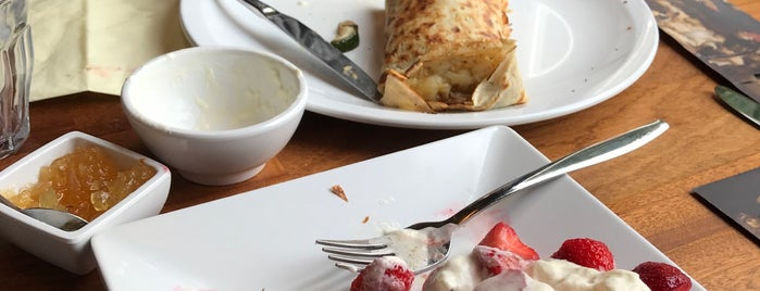 Pancakerestaurant is one of Haleさんのお気に入りスポット.