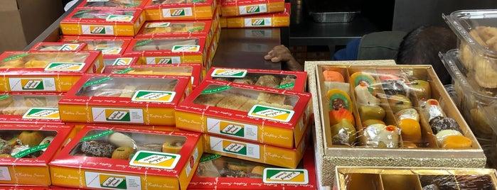 Rajbhog Sweets is one of Lieux qui ont plu à kas.