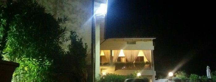 Hotel Ristorante La Selva is one of สถานที่ที่ Moma ถูกใจ.