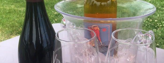 Vint Hill Craft Winery is one of Posti che sono piaciuti a Allison.