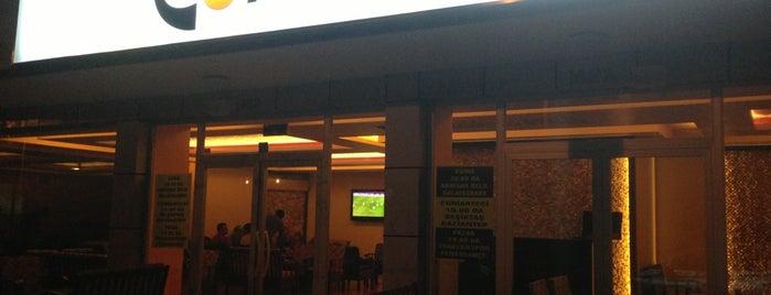 Corridor Cafe & Nargile is one of สถานที่ที่ Selver ถูกใจ.