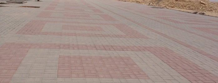 Izdihar Walking Track is one of Tempat yang Disukai Azad.