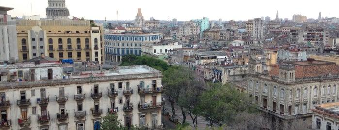 Hotel Sevilla is one of สถานที่ที่ Victor ถูกใจ.