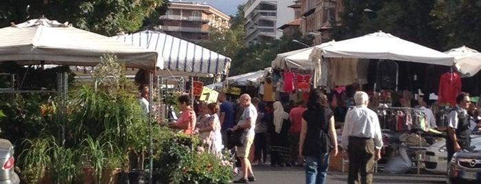 Mercato di Porta Portese is one of 101 cose da fare a Roma almeno 1 volta nella vita.