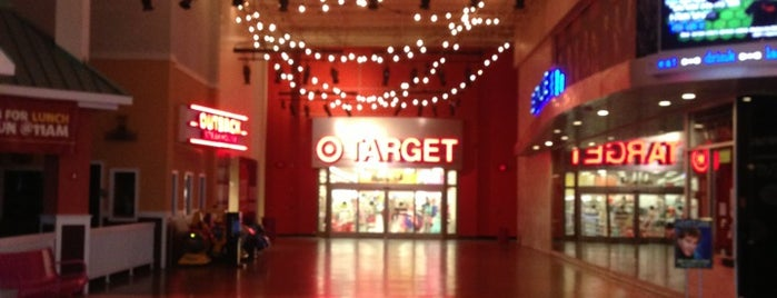 Target is one of Wailana 님이 좋아한 장소.